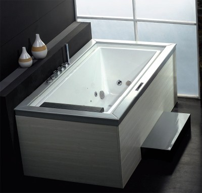 Wasauna Negative Edge Bathtub